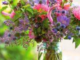 cara-merawat-bunga-potong